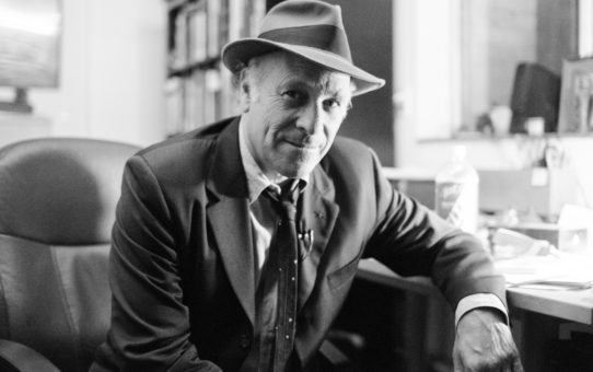 Great Mind Interview: Greg Palast – Billionaires And Ballot Bandits